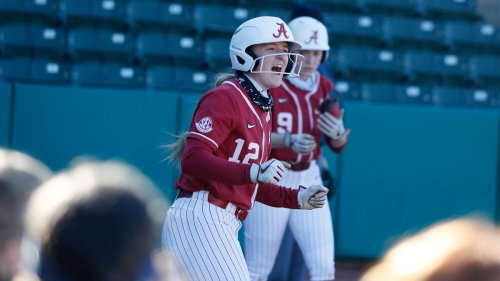 No. 3 Alabama Softball Showcases its Offense, Beats Alabama State 11-3