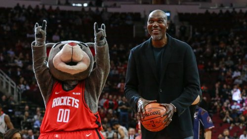 Is Hakeem Olajuwon Properly Rated as the No. 12 Player in NBA History?