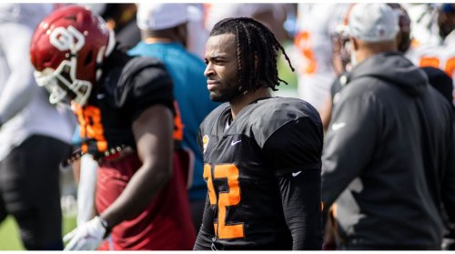 Steelers Draft Pick Najee Harris Hosts Draft Party at Homeless Shelter Where He Used to Live