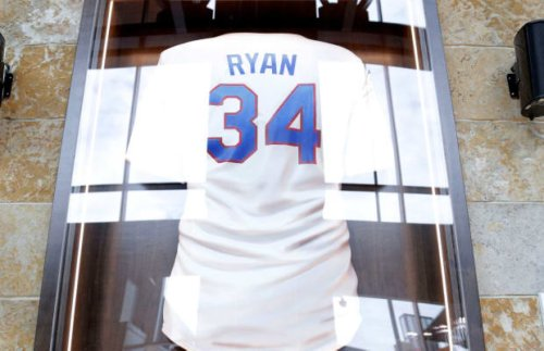 Rangers History Today: Ryan's No. 34 Retired