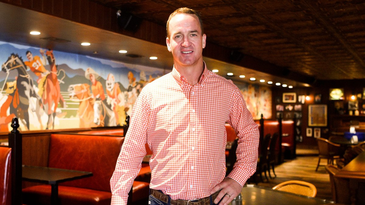 Pluses and Minuses of ESPN's 'Monday Night Football' Deal With Peyton Manning: TRAINA THOUGHTS