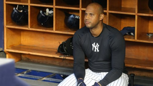 Aaron Hicks Sits Out vs. Blue Jays After Police Shooting of Daunte Wright