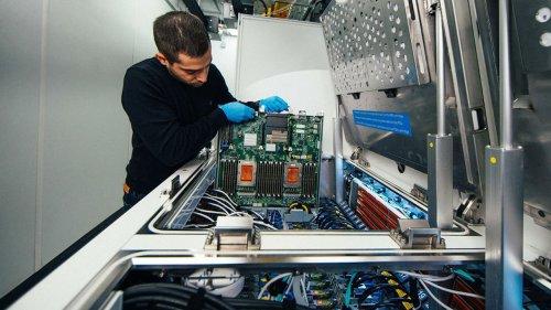 Microsoft : entre 50 et 100 nouveaux data centers chaque année