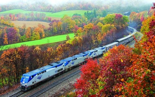 Catch the Train to Leaf-Peeping Paradise