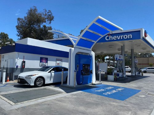 Hydrogen Fuel Cell Vehicles are building momentum in California