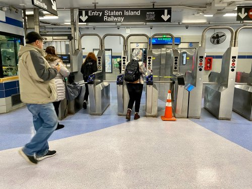 Cash transactions at MTA token booths done for good, officials say