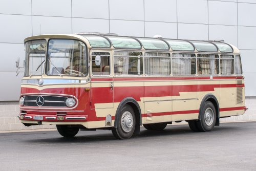 1961 Mercedes-Benz O321H Camper Bus – Vintage Vanlife Royalty