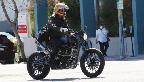 Veldt Enduro: The Carbon Fibre Helmet Brand Used By Brad Pitt