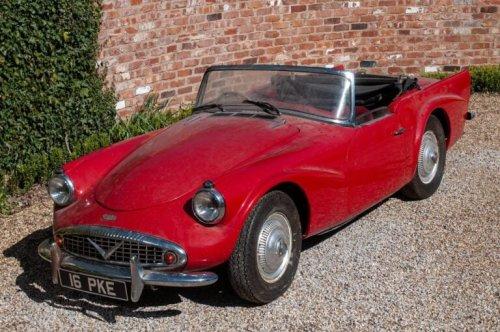 Barn Find Daimler SP250 Dart – A British Corvette Or An Ugly Duckling?