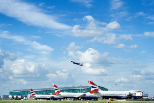 UK Aims to Restart Some International Travel for Britons by May 17