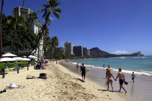 Hawaii Tourism Comes Back Strong and 9 Other Top Travel Stories This Week