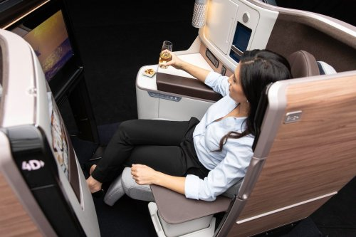 Hawaiian Airlines Gambles on Big New Business Class Cabin