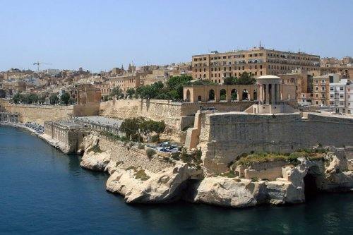 Malta's Summer Tourism Strategy: Pay Visitors to Come
