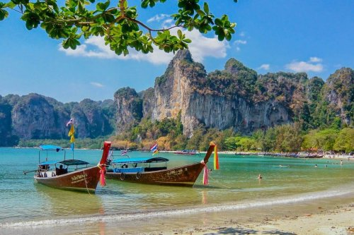 Thailand to Lift Mandatory Quarantine for Vaccinated Visitors From 46 Countries