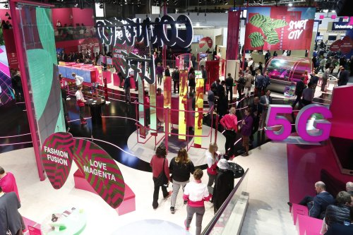 Mobile World Congress Hires a Travel Agency to Help Steady Nerves for Returning Event