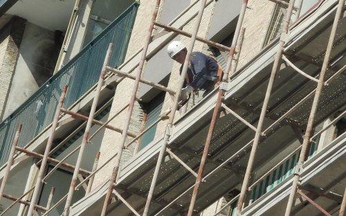 Decreti edilizia, più sicurezza e un freno ai costi dei materiali
