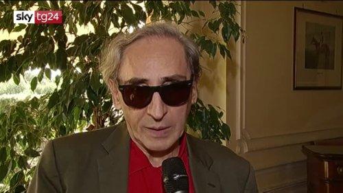 Addio a Franco Battiato: dai grandi successi alle sue canzoni più belle. VIDEO