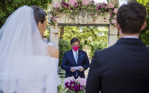"""Covid, via libera alle feste di matrimonio ma solo con """"green pass"""""""