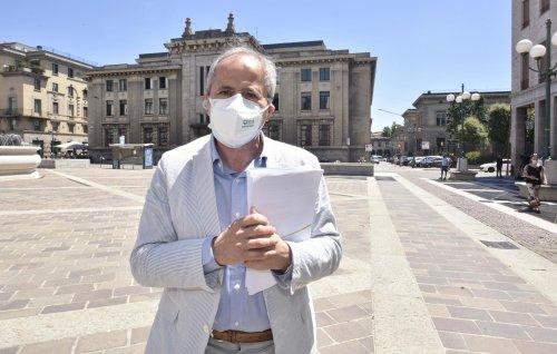 Covid, Crisanti a Sky TG24: 'Il virus non è ancora scomparso'
