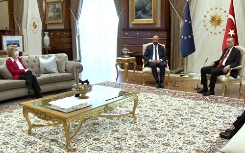 "Sofagate, Charles Michel: ""Dopo Ankara non dormo bene la notte"""