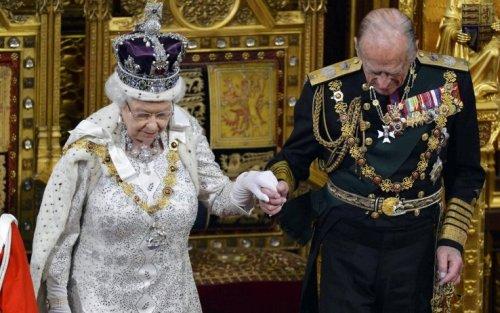 Principe Filippo e regina Elisabetta, un matrimonio lungo 73 anni