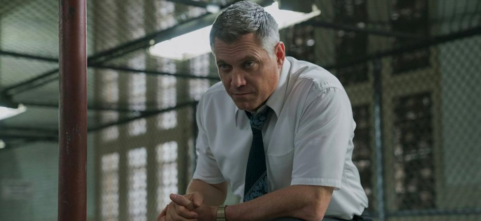 Guillermo Del Toro's Nightmare Alley Adds Mindhunter Star Holt McCallany