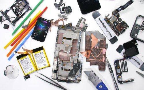 Lenovo Legion Phone Duel 2 teardown reveals beautiful complexity