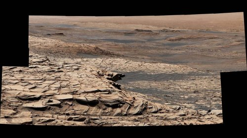 NASA Curiosity rover kicks off Mars 'summer trip' with new panorama
