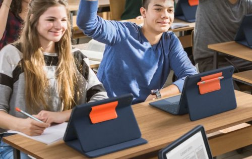 Logitech Rugged Combo 3 Touch is a durable keyboard case for students