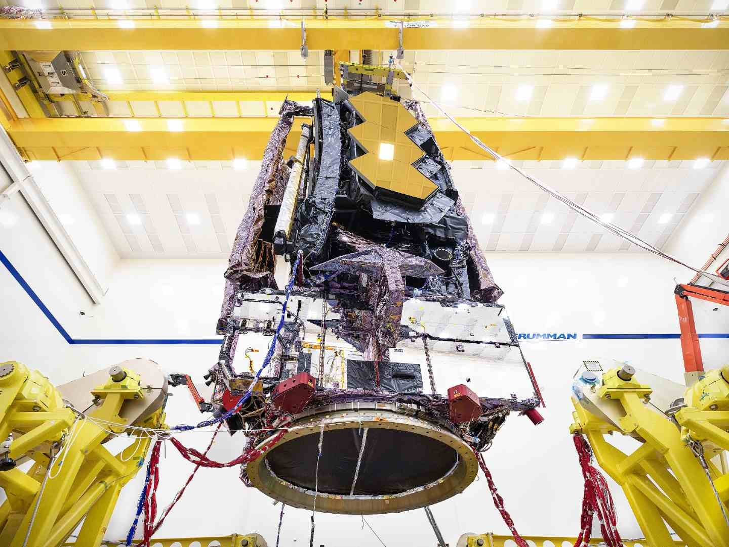 Discover james webb space telescope