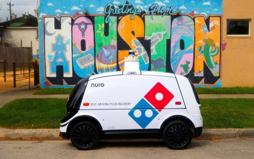Domino's autonomous pizza delivery robot doesn't need tipping