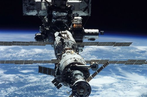 Russia wants to launch its own space station by 2025