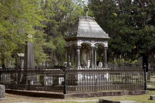 The Bizarre Saga of a Stolen Confederate Memorial Held for Ransom