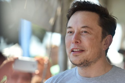 The Rest of the Interview Where Elon Musk Smoked a Blunt Was Pretty Surreal, Too