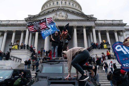 FBI Reportedly Had Informant in the Crowd During Capitol Riot