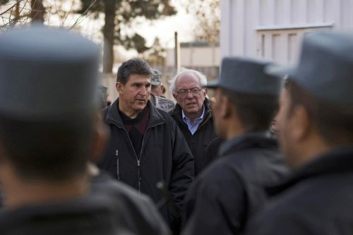 What Could Possibly Come From a Meeting Between Joe Manchin and Bernie Sanders?