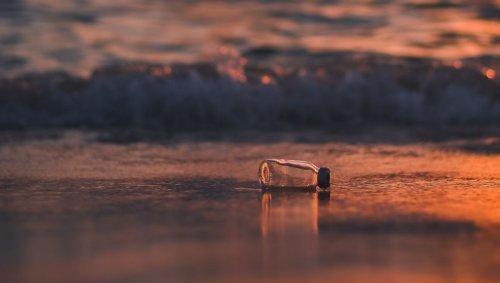 Une bouteille à la mer découverte trente-sept ans plus tard
