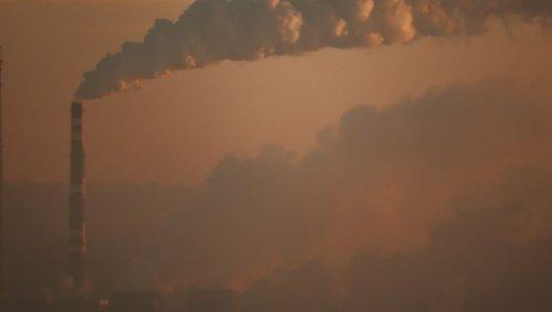 Le mode de vie de trois Américains moyens génère des émissions de carbone qui peuvent tuer une personne