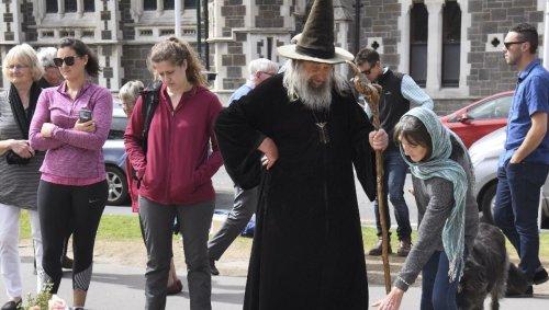La ville de Christchurch en Nouvelle-Zélande se sépare de son sorcier