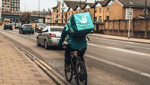 Au Royaume-Uni, Deliveroo forme ses livreurs à détecter les délits