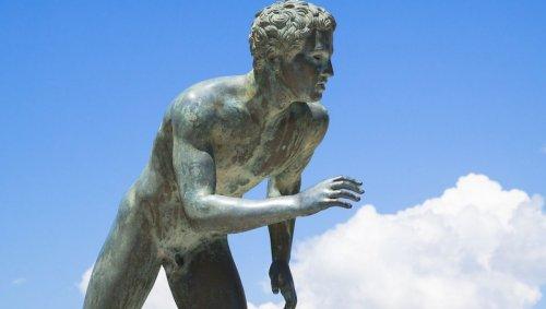 Que se passerait-il si les athlètes olympiques se remettaient à concourir nus?