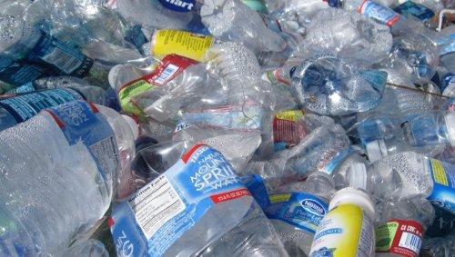 Les bouteilles en plastique peuvent être transformées en arôme de vanille