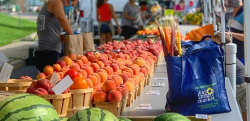 Farmers' markets played a bigger role in feeding America in the pandemic