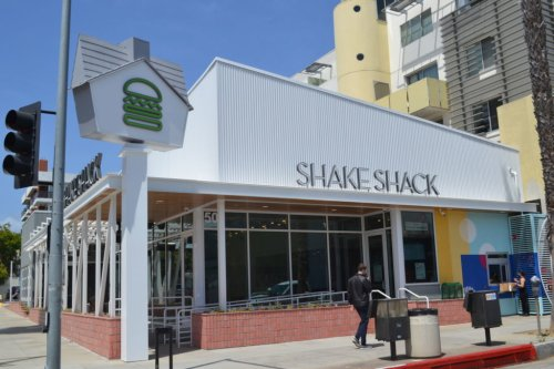 Shake Shack opens Downtown Santa Monica location - Santa Monica Daily Press