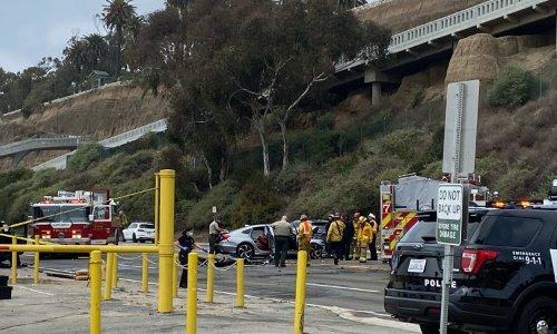 Accident closes PCH at the Incline