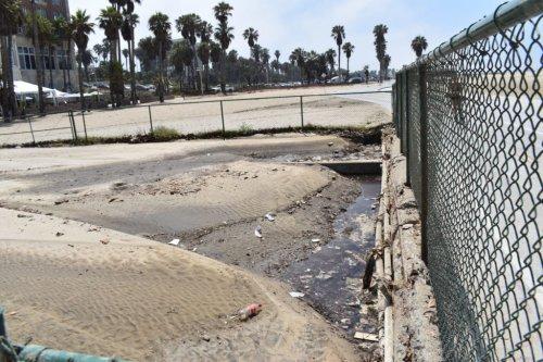Beach Water Use Warning for Several Local Beaches - Santa Monica Daily Press