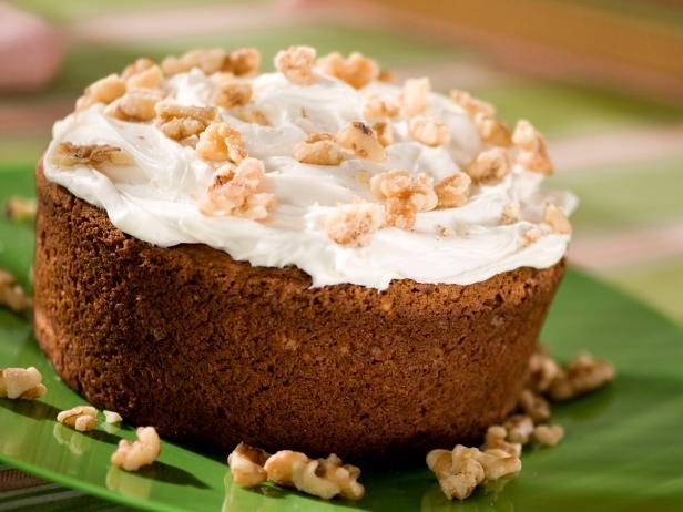 Cream Vanilla Spiced Cake