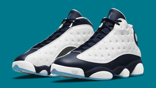 Charlotte Hornets Colors Appear on This Air Jordan 13