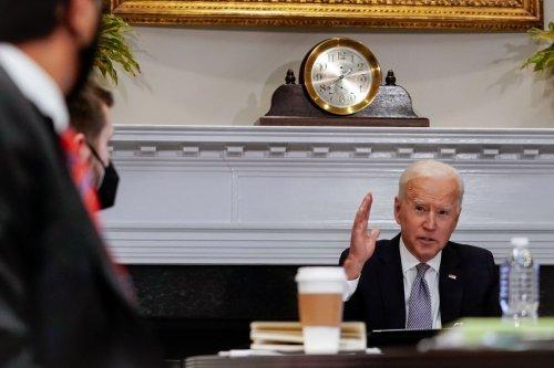 Cinco obstáculos que enfrentarán los demócratas para aprobar el paquete de infraestructura anunciado por Biden   Solo Dinero