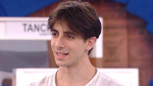 Amici: Fabrizio Prolli contro Alessandro